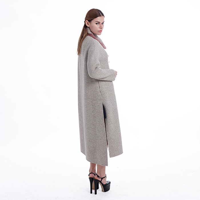 Casual cashmere overcoat
