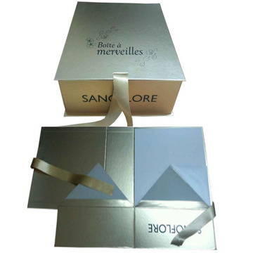 Custom Gift Gold Paper Magnetic Box