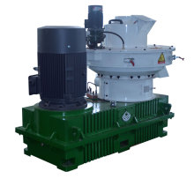 Vertical motor pellet mill