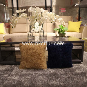 Fast Delivery for Tibetan Lamb Fur Cushion Factory price lamb wool fur lambskin cushion export to Swaziland Importers
