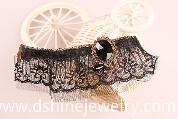 Mystery Black Lace Anklet