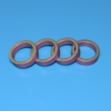Pink Aluminum Oxide Metallized Ceramic Ring