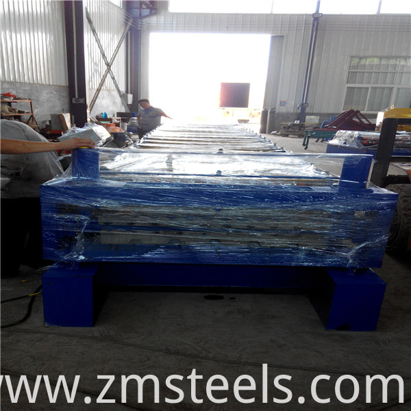 steel roll forming machine