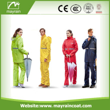 Newest Adult Fashionable Polyester Rain Suit