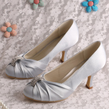 Customized for Bridesmaid Shoes Silver Dress Shoes for Wedding Mid Heel supply to Portugal Wholesale