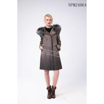 Online Exporter for China Women Winter Fur Jacket,Natural Fur Women Long Jackets,Short Winter Women Jacket Manufacturer and Supplier Winter  Australia Merino Shearling  Hooded Jacket export to Spain Manufacturer