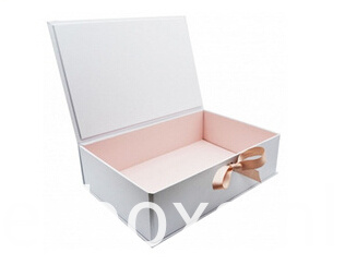 Clothes Packaging Book Shape Box