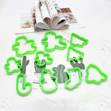 plastic christmas cookie cutter set