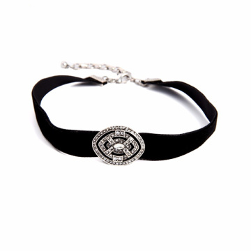 New Black Velvet Choker Necklace Rhinestone Women Jewelry