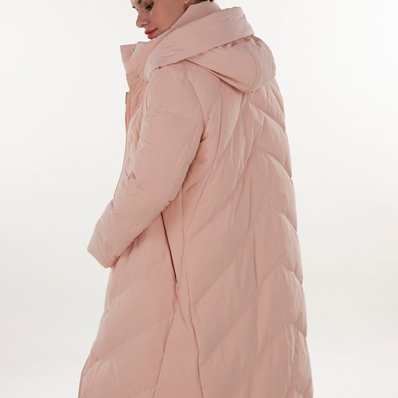 Fashionable pink hooded down jacket
