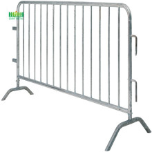 Crowd control barrier suppliers