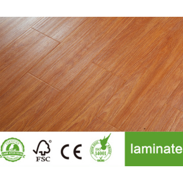 laminate floor 9902 at baseboard