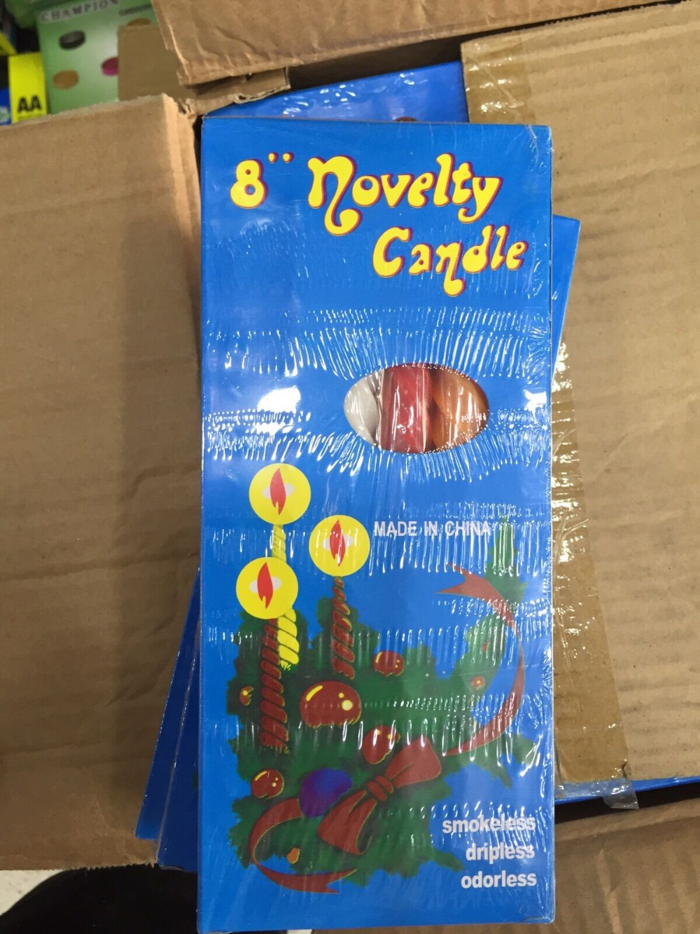 8Novelty Candles